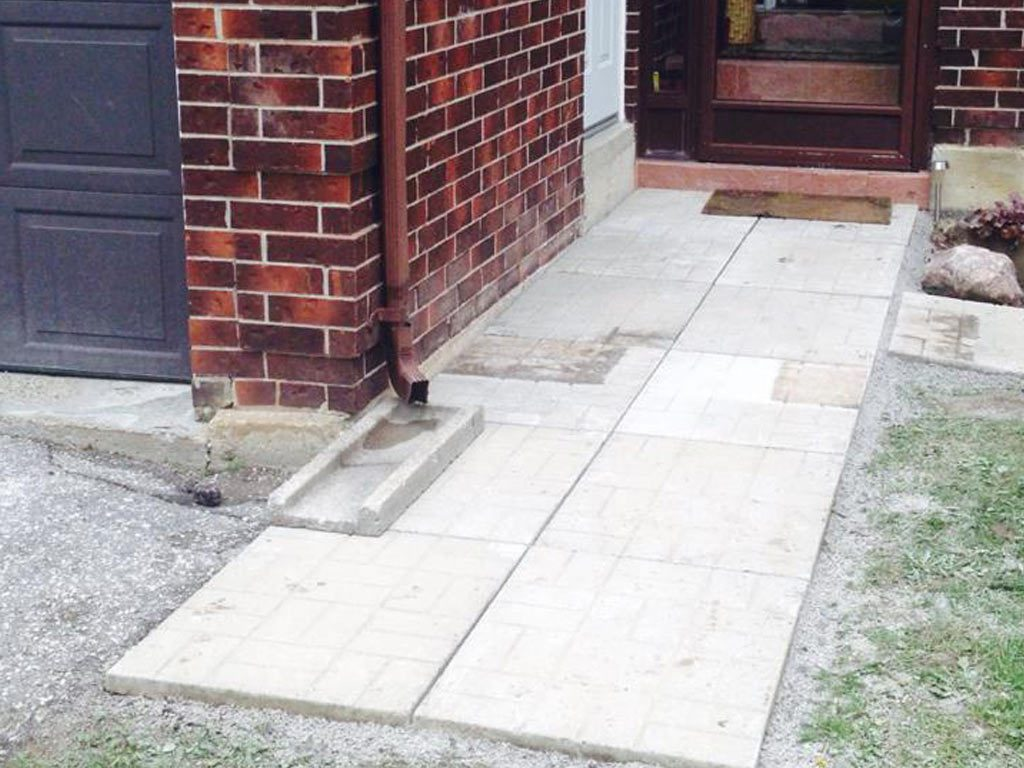 Front-Porch-Stone-Laying