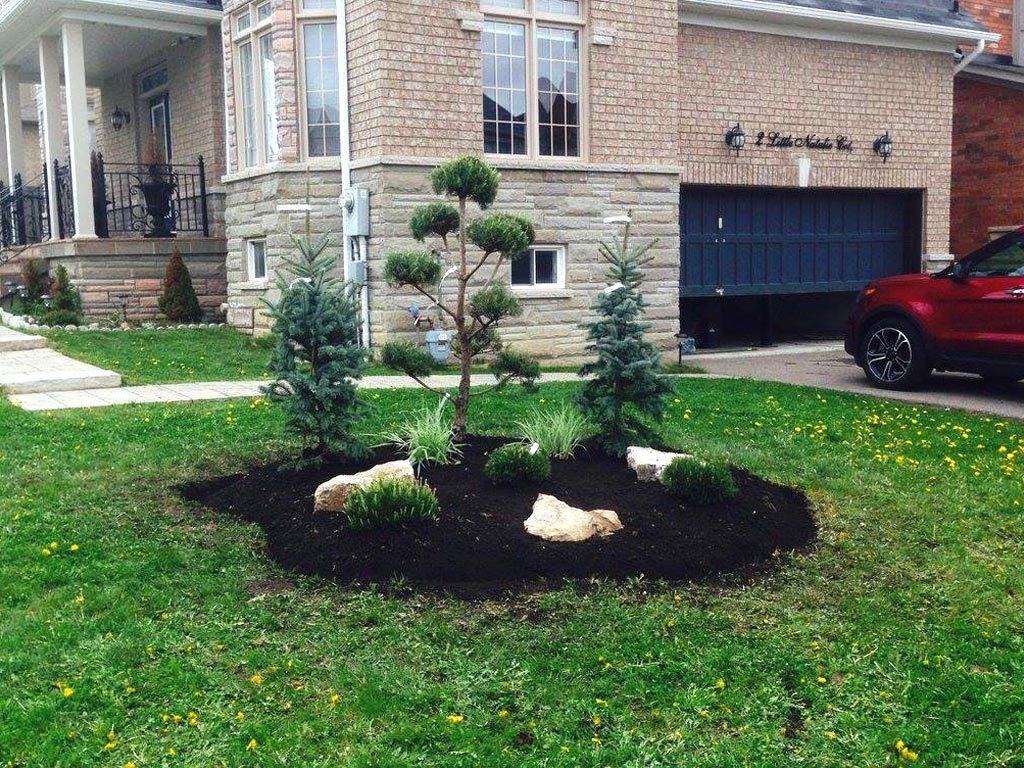 landscaping-flower-bed-planting-thornhill