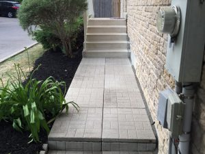 stone-laying-in-patio