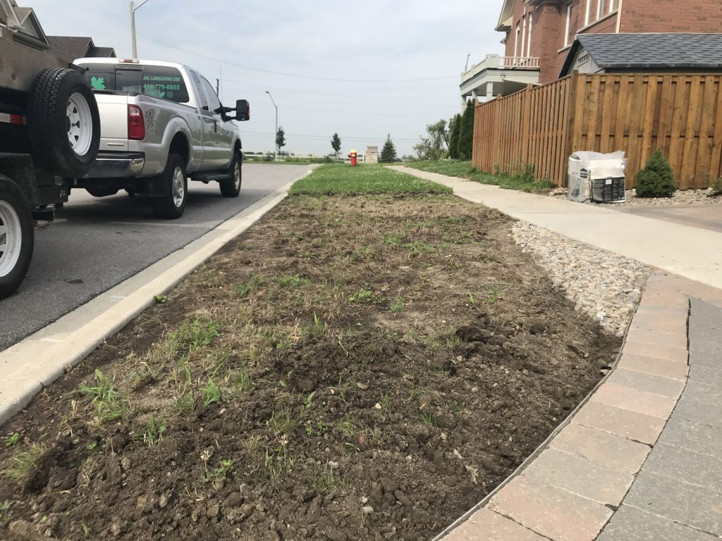sidewalk sodding before - interlock driveway cost toronto