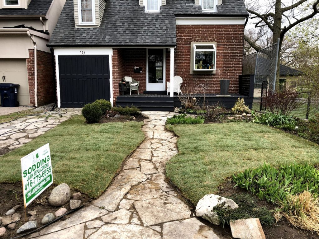 house sidewalk sodding and landscaped after - landscaping companies in richmond hill