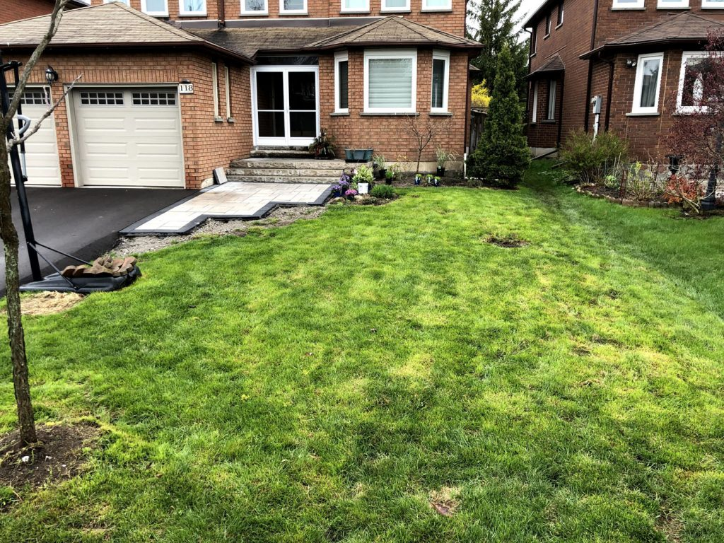 custom house front yard before - lawn installation